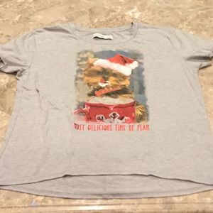 Abercrombie Kids Christmas tee shirt, size 13/14.